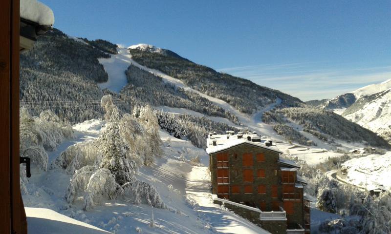 Una buena nevada vista desde la urbanización.