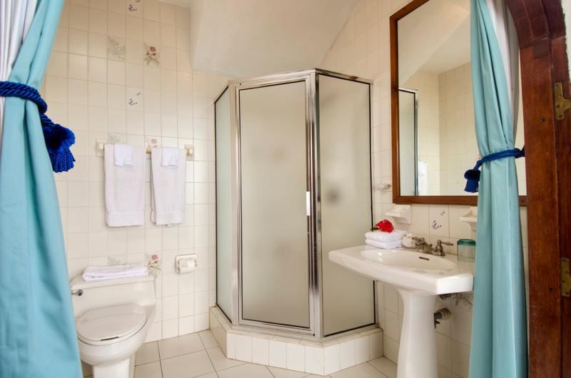 BR #5 Bathroom