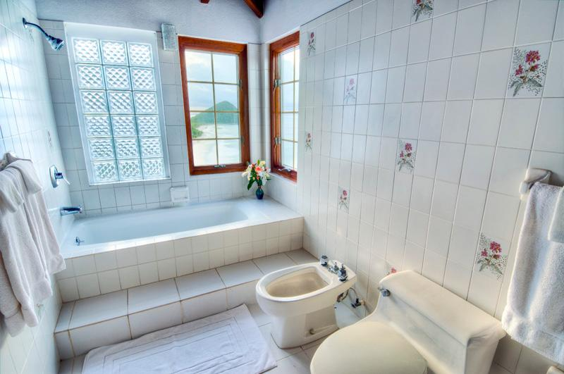 BR #4 Bathroom