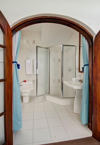 BR #5 Bath