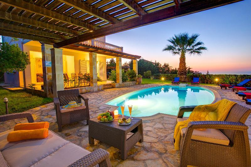 Villa Athena, aluguéis de temporada em Spartia