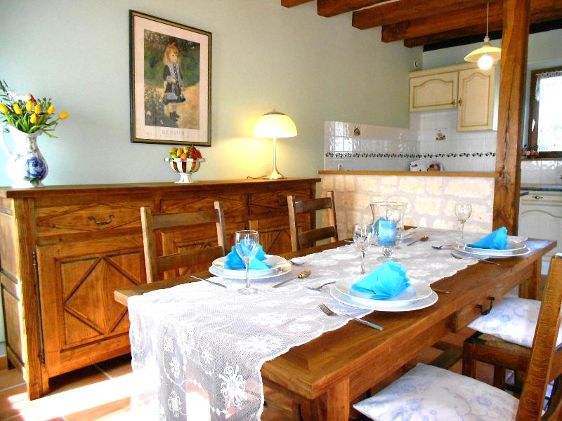 Les Rosiers, holiday rental in Descartes