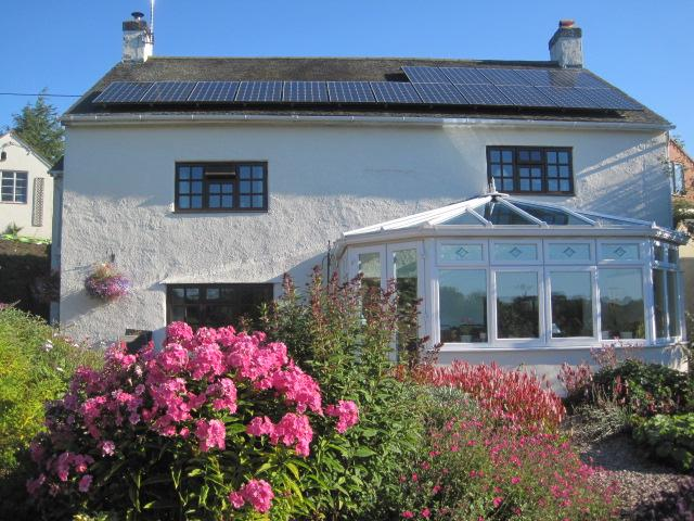 Dingle Cottage B&B on Offa's Dyke Path in  Trefonen near the bustling market town of Oswestry.