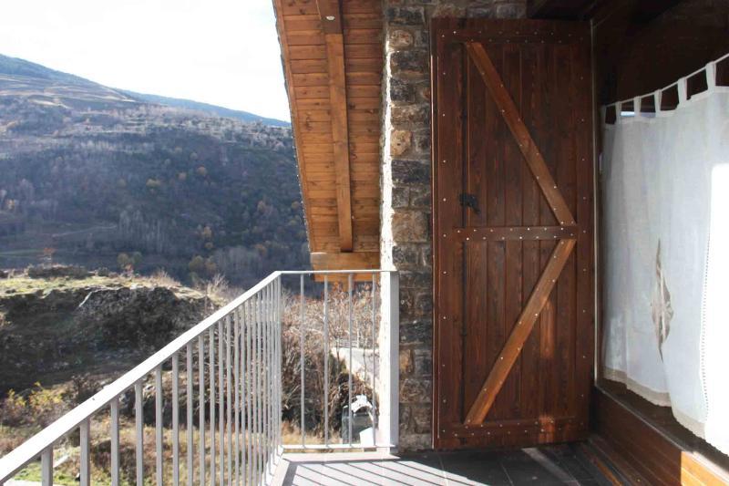 Precioso apartamento en Vall de Boí, location de vacances à La Torre de Cabdella