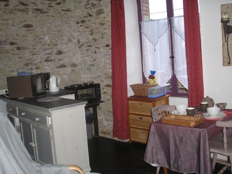 Kitchenette - Ground floor apartment