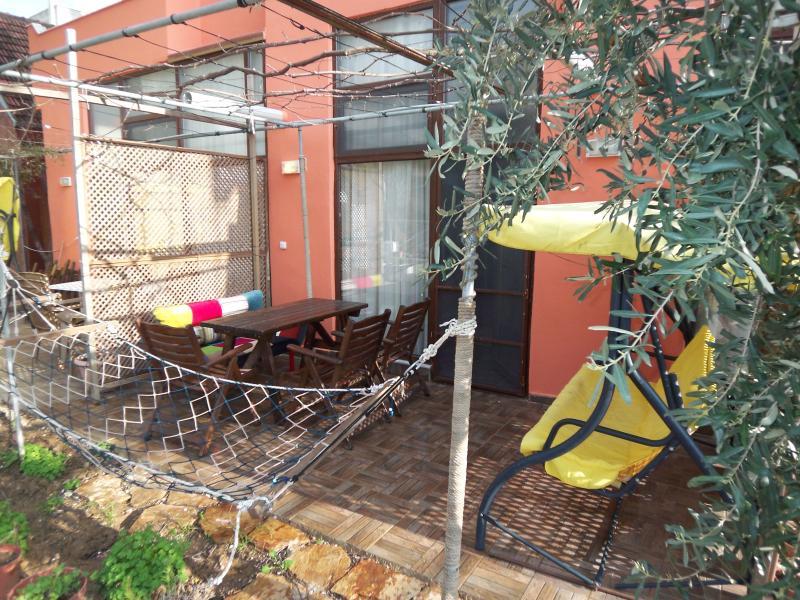 Apart with Air-cond - Gümüldür ÜRKMEZ, location de vacances à Ozdere