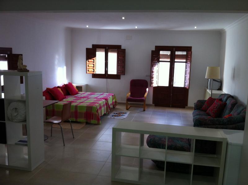APARTAMENTO  EN FIÑANA, FRENTE A SIERRA NEVADA, holiday rental in Abla
