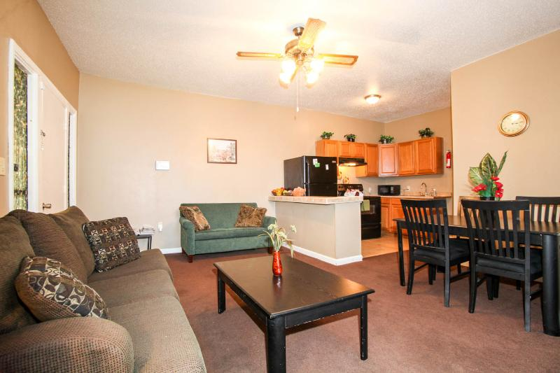 Comfy 3 Bedroom in Upper Ninth Ward, location de vacances à Chalmette