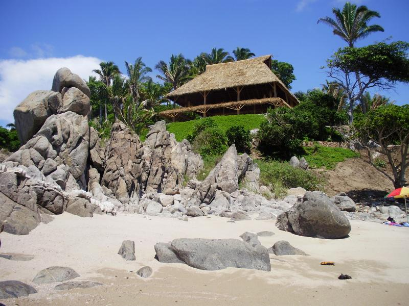 Palapa Ganesh Beachfront Private Beach gated property
