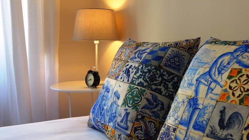 These Nice Pillows invite you to come enjoy the journey of your dreams! :)