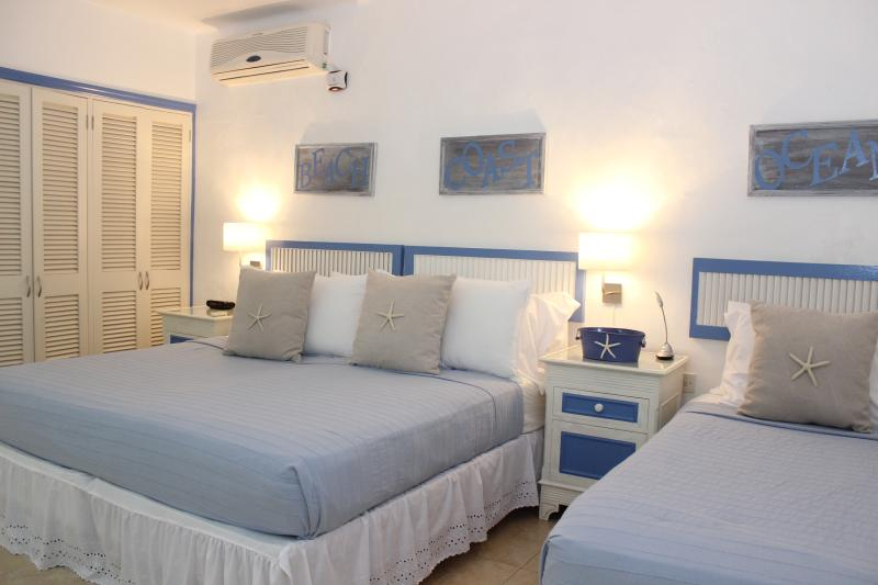 Second bedroom with king bed and twin bed
