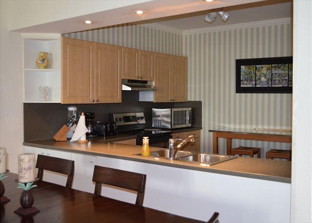 C424 Kitchen Area