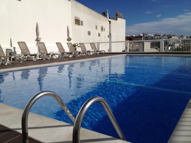 Nice pool with ample sun beds available