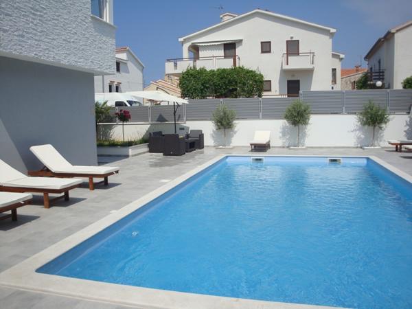 piscina (casa e dintorni)