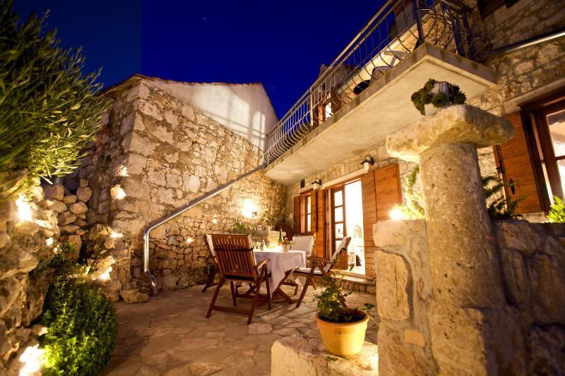 Masa - with pool: H(6+1) - Milna (Brac), casa vacanza a Lozisce