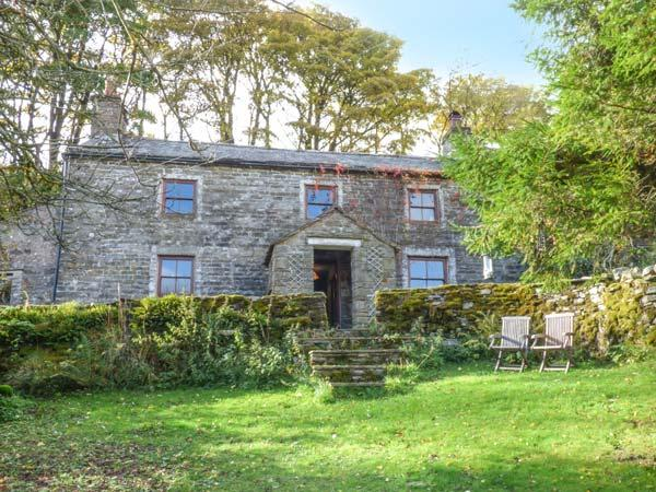SYCAMORE TREE FARM, Grade II listed detached farmhouse, open fire, vacation rental in Ravenstonedale