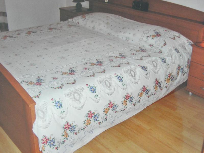 A1(6+2) VELIKI: bedroom