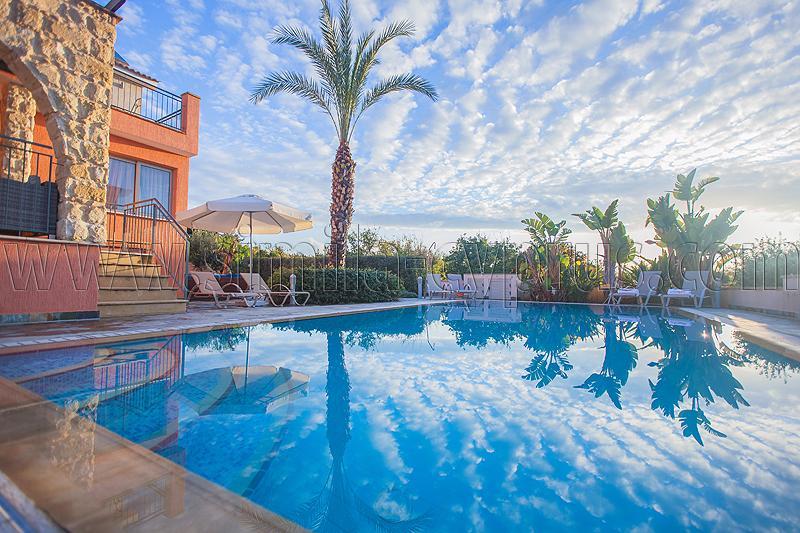 Simil-Zypern - buchen für Preise und Verfügbarkeit Klicken Sie auf Links unten - früh!