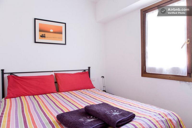 Tweepersoonskamer met badkamer-slaapkamer