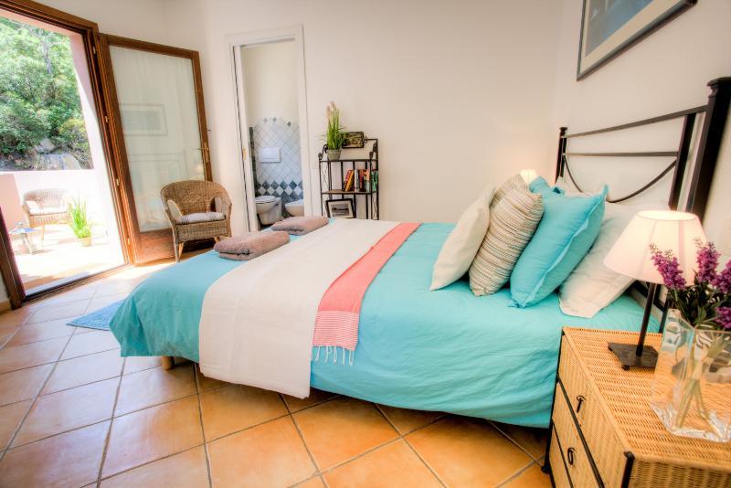 Dubbele slaapkamer met privé zonneterras