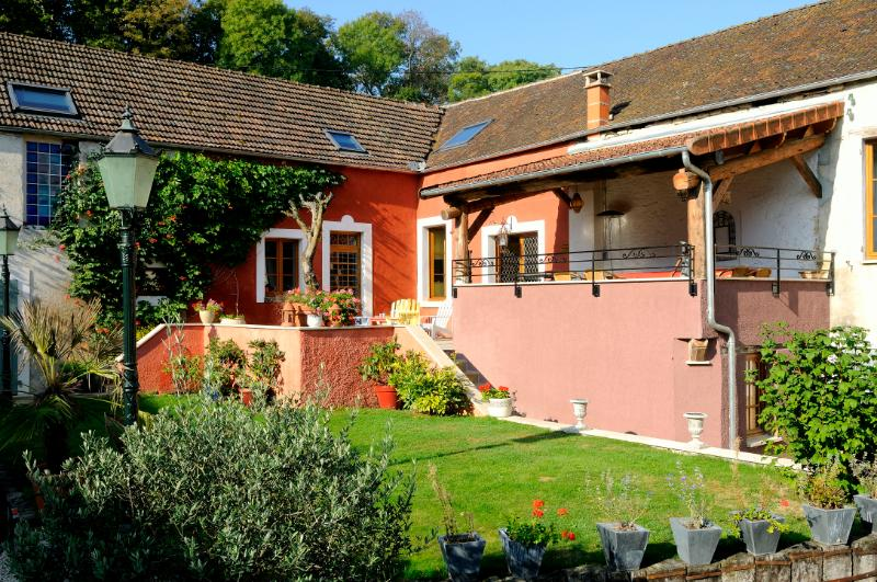 Gite 21 personnes Fulvy Bourgogne, vacation rental in Montbard