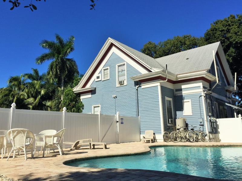 Barra Villa Resort with heated community pool