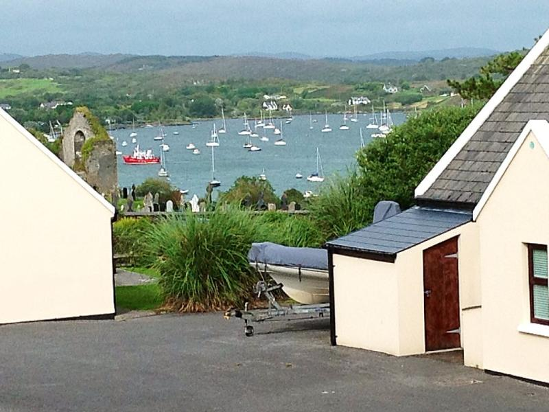 Schull Holiday Cottage 9 in Beautiful West Cork, location de vacances à Ahakista
