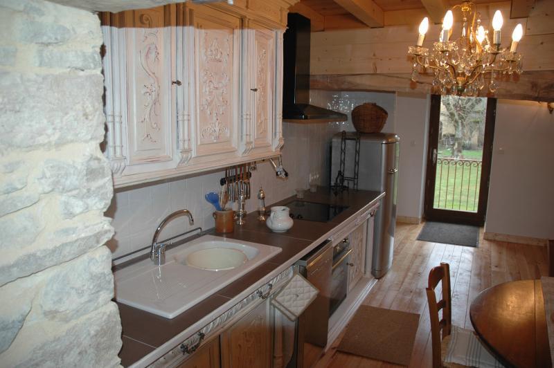 o mobiliário antigo de cozinha revisitada...