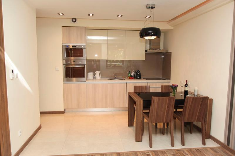 Oliwa Park Apartments, holiday rental in Zukowo
