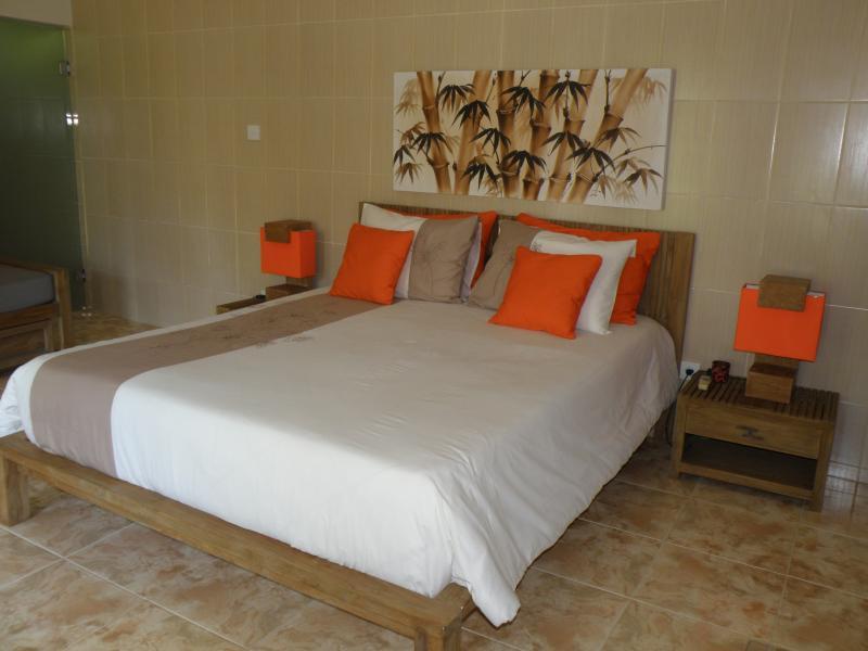 Bedroom Empat.