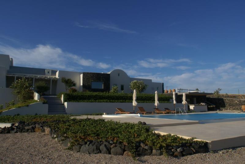 Negro Rock Villa