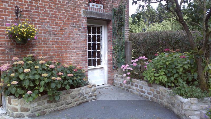 Gite de l Amusette, casa vacanza a Bavay