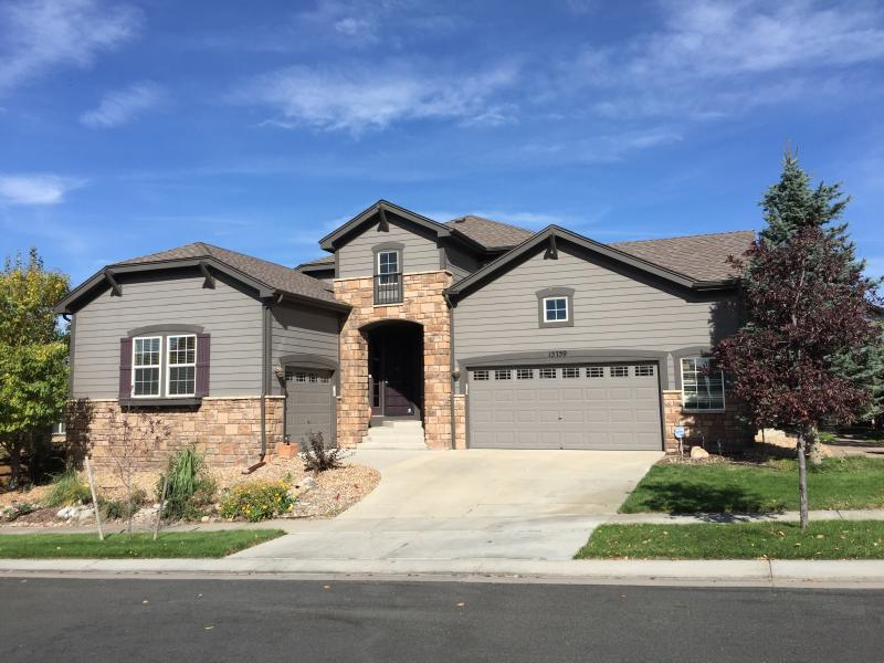 Executive Home For Rent-Short Term Rental Near DIA, vacation rental in Denver