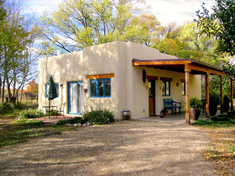 Welcome to Casa Maravilla. Nestled in a quiet tree filled garden