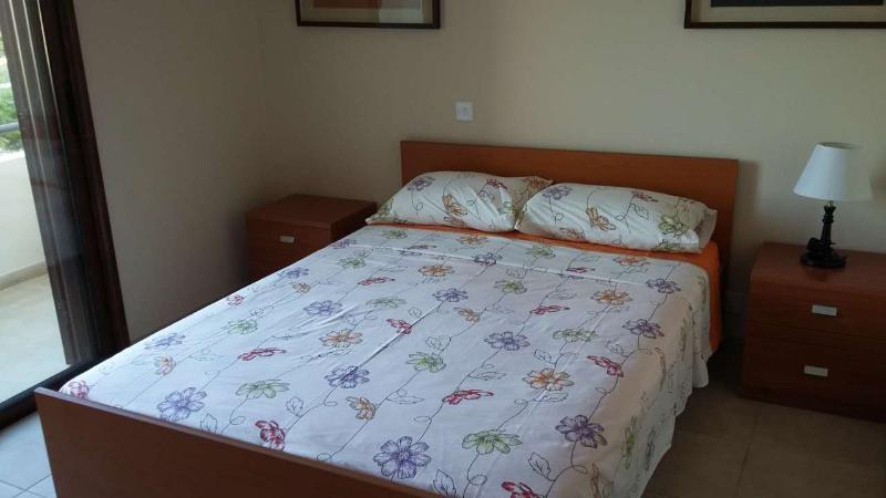 Double Bed in Bedroom No.1!!!