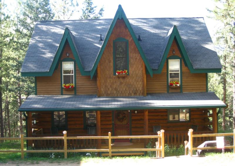 The Gingerbread Cottage, holiday rental in Bailey