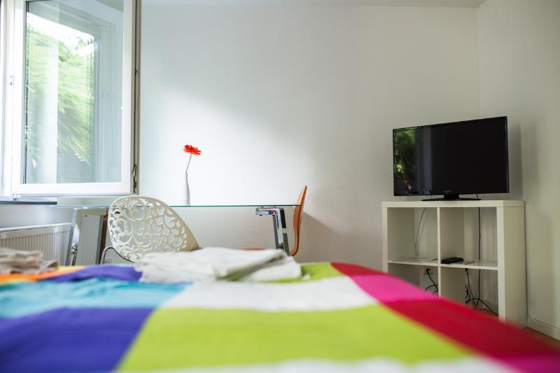 Zimmer 5: 1- 2 Personenzimmer in Degerloch nahe Stadtbahn, aluguéis de temporada em Leinfelden-Echterdingen