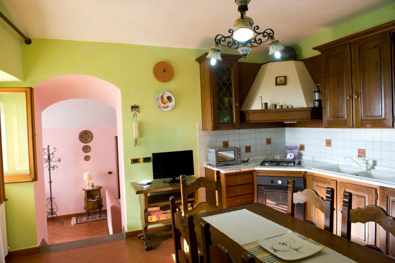 Kitchen with a view of Lake Trasimeno super equipped