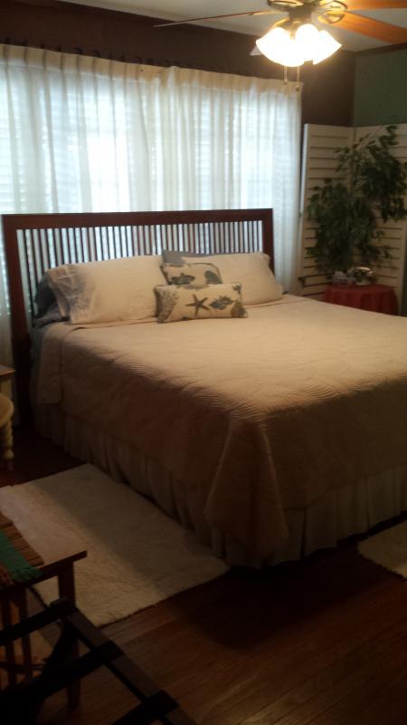 King bedroom en suite