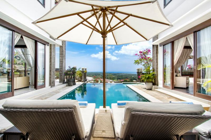 Villa Amanie - Stunning Hilltop Villa in Balangan, vacation rental in Nusa Dua Peninsula