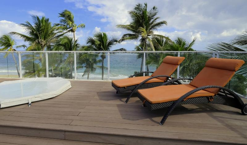 Luxe penthouse - Directly on Kite Beach - 10ppl, holiday rental in Cabarete