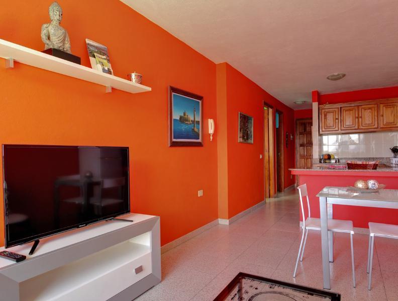 Puerto Naos Piso de Playa Reyes, vacation rental in Puerto Naos