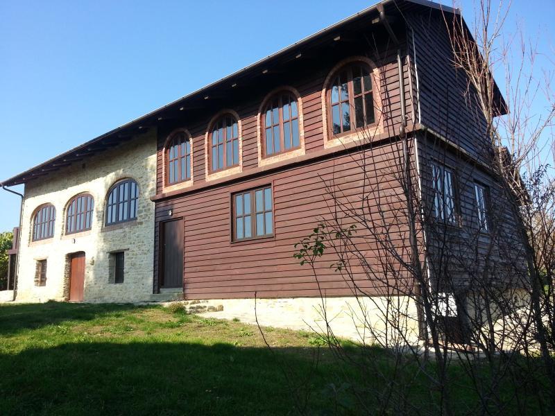 Cascina Ciresa, alquiler vacacional en Serravalle Langhe
