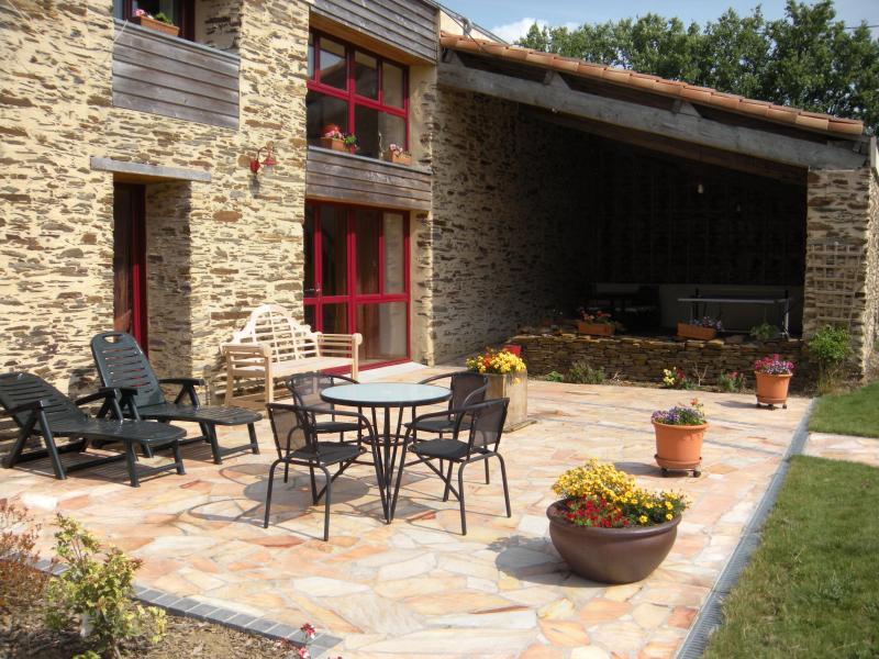 terrasses des chambres d'hôtes 'La Grange'