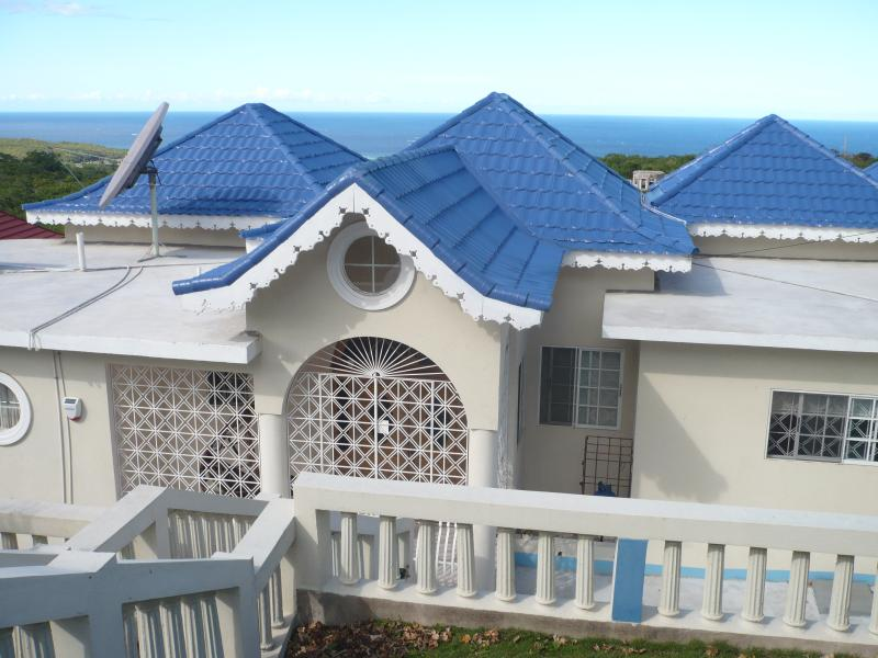 my holiday home rental apartment 3 bedrooms, vacation rental in Discovery Bay