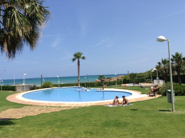 Alcossebre Beach Front Apartment, alquiler vacacional en Torreblanca