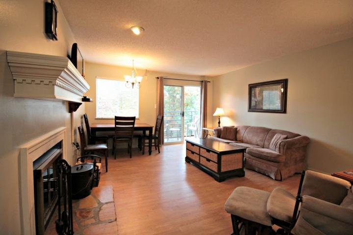 Kommen Sie und genießen Sie die atemberaubende Aussicht verfügbar von Summit Condominiums # 3205!