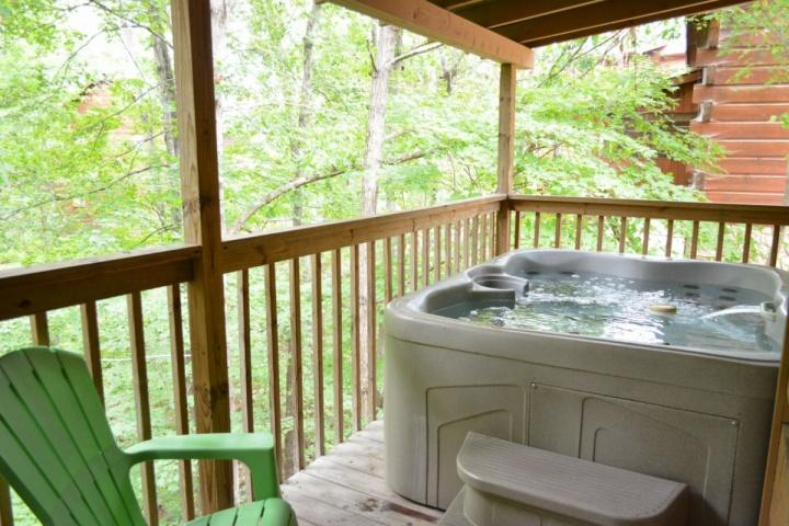 Relax in the hot tub while taking in the fresh mountain air!