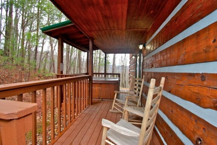 Everyone Needs a Little Down Time, Even on Vacation. Peaceful Wooded Back Deck Views