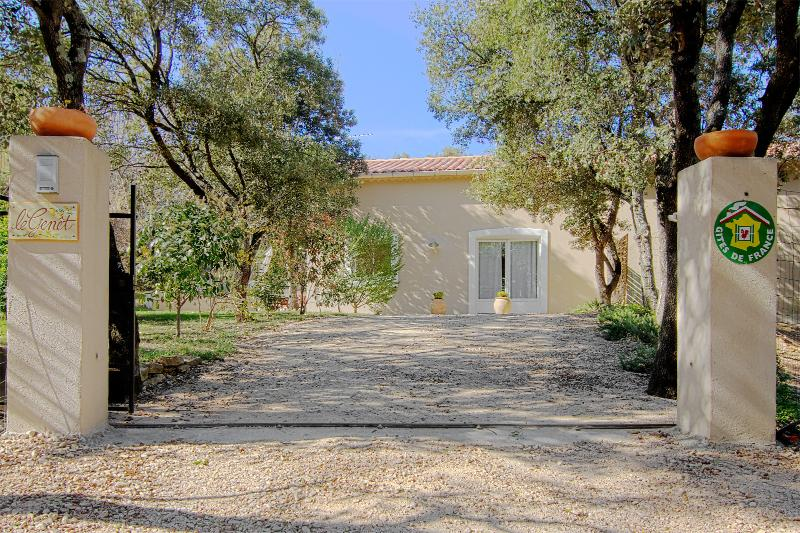 Aigaliers- gites des Baumes, holiday rental in Saint-Maurice-de-Cazevieille